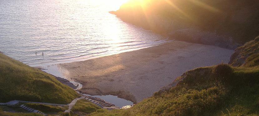 mwnt-beach